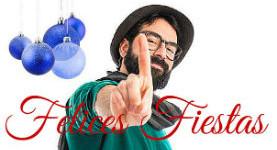 barbudo con bufanda y esferas navidad